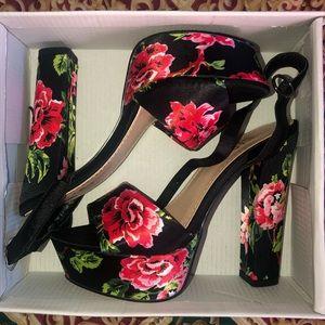 AKIRA floral print high heels